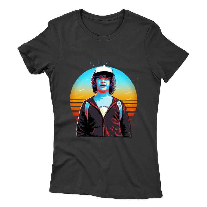 Dustin Henderson Női póló